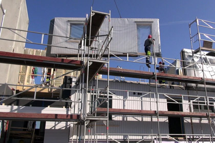 Erection of av 6-appartment prefabricated building